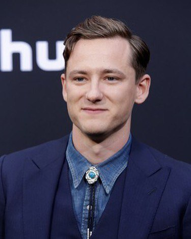Lewis Pullman arriving in style