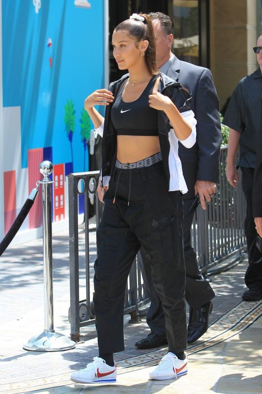 celebrities wearing reebok classics