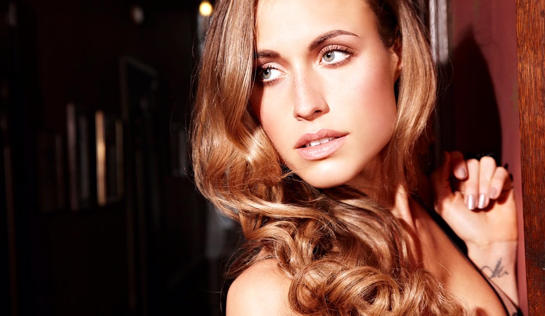 Alena Gerber with Single