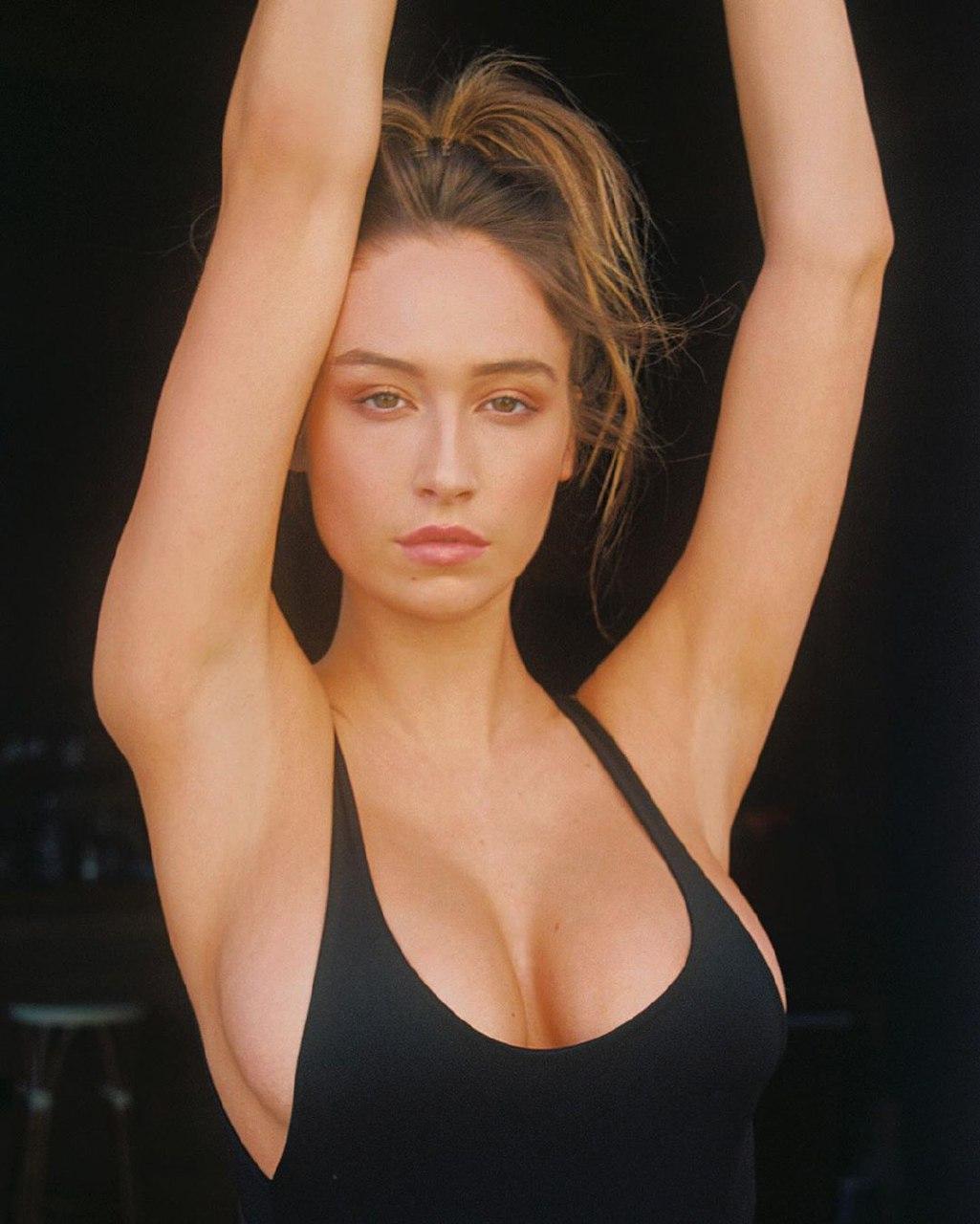 Elsie Hewitt body
