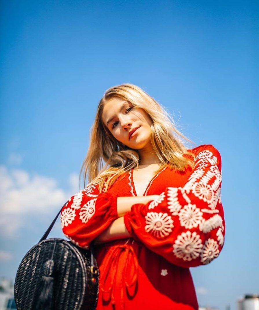 Sofia Hublitz style