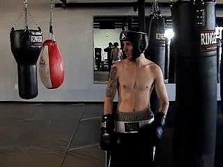 Charlie Zelenoff boxing